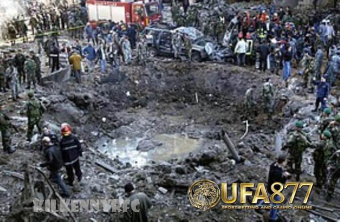 คำตัดสินคดี ลอบสังหารอดีตนากยก เช้าวันที่ 14 กุมภาพันธ์ 2548 Rafik Hariri จากนั้นเป็น ส.ส. ที่สอดคล้องกับฝ่ายค้านในรัฐสภากำลังเดินทาง